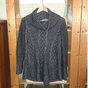 Kaisley black white cowl neck sweater